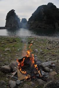 Nikon Digital Camera D700 流木と焚き火