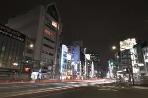 Nikon Digital Camera 静かな大都会=しずかなだいとかい ※配達で通りがかった上野駅近辺☆自粛につぐ自粛で、当然、渋滞もなく人通りもまばらでした。
